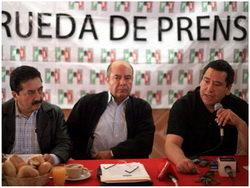 Diputados mexicanos del PRI proponen el uso de plata como moneda nacional