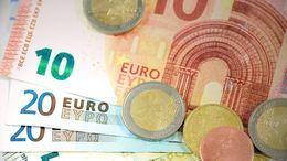 ¿Contaminan menos las monedas que los billetes?
