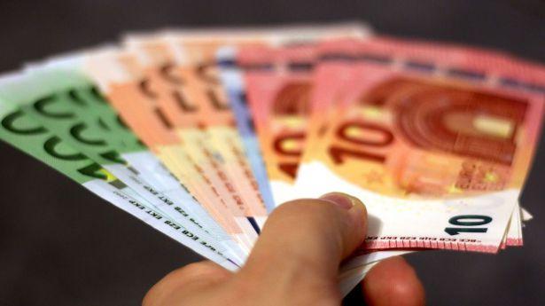 El euro: La importancia del efectivo y sus características singulares