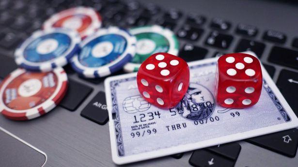 Juego online: Dinero virtual convertido en ganancia real