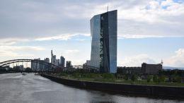 El BCE pide a las entidades de crédito que se abstengan de repartir dividendos o que los limiten