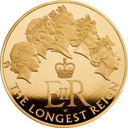 Un kilo de oro para Isabel II, la soberana que más tiempo ha reinado en Reino Unido