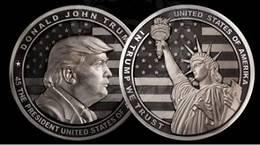 Una empresa rusa acuña una moneda conmemorativa de Donald Trump