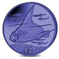 Moneda de titanio azul dedicada a la manta raya