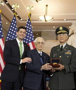 """Medalla de Oro del Congreso para los """"Borinqueneers"""""""