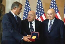 """La Fundación """"Monument Men"""" recibe la Medalla de Oro del Congreso"""