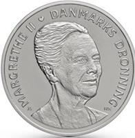 La reina Margarita II de Dinamarca cambia su imagen