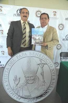 Medalla conmemorativa de la primera visita del Papa Benedicto XVI a México