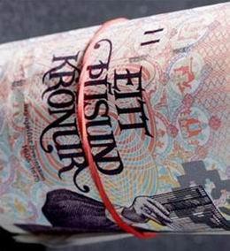 Billetes de 10.000 coronas para Islandia