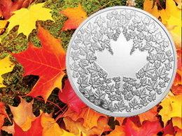 Las cien Maple Leaf que forman la Hoja de Arce