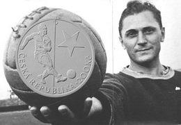 Josef Bicana, el futbolista checo que sigue siendo el máximo goleador mundial
